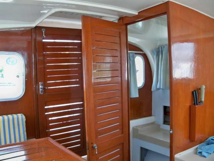 Cancun on yacht , Bertram 38 fishing equipment, snorkel equipment
