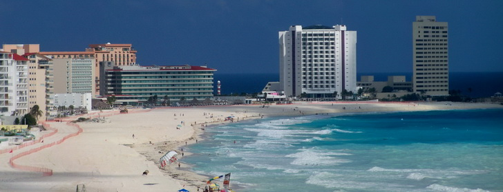 cancun beach new december 2009